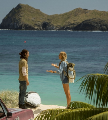 "Óscar Jaenada estrena ""The Shallows"" junto a Blake Lively"