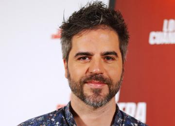 Ernesto Sevilla ficha como director por la segunda temporada de 'El Vecino' en Netflix