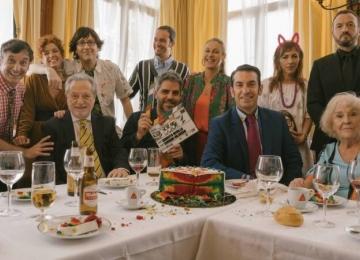 """Ernesto Sevilla dirige la versión cinematográfica de """"Camera Café""""."""